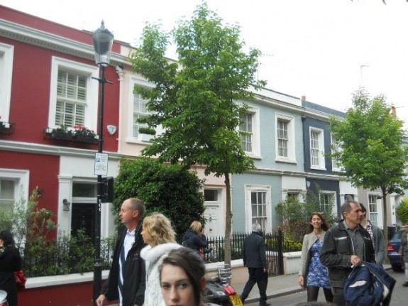 Notting Hill Diggs. Quite the bit of real estate, if I do say so myself.